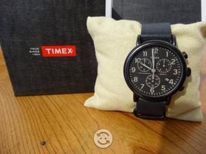 Reloj timex nuevo,correa de piel,crono,luz indiglo