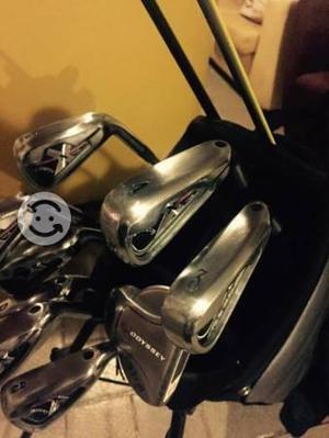 Ser de palos de golf Callaway y Nike bastones