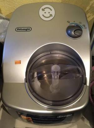 Maquina para hacer helados marca DeLonghi