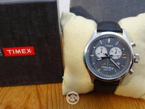 Timex waterbury,cronografo,correa de piel elegantc