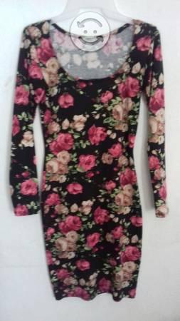 Vestido cortito estampado flores