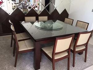 Comedor chippendale con 8 sillas mesa con posot class for Comedor 8 personas cuadrado