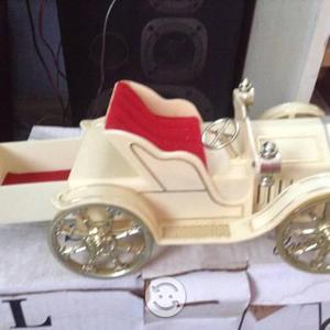 Alhajero musical coche antiguo
