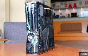 Consola Xbox 360 Edición Halo 4 + 2 Controles + Kinect