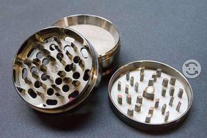Grinders Metalicos de calidad