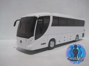 Autobus Dina Buller a Escala