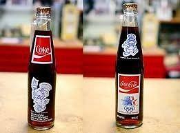 Coca Cola botella de vidrio llena Sin Abrir