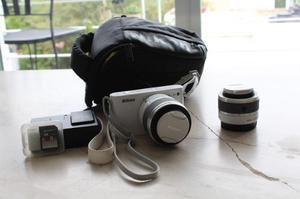 Cámara Nikon 1 J1 [dos Lentes Y Estuche Original]