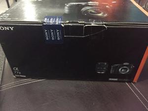 Cámara Sony A77 Ii M2 Con Lente  Mm F Sam