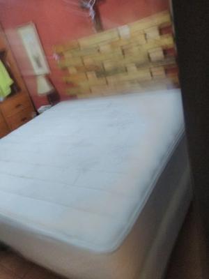 Colchón usado y box spring tamaño King Size