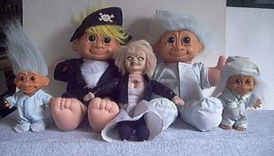 TROLLS Colección de 10 muñecos y 1 Novia de Chucky