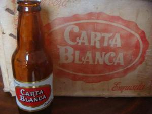 Antiguo Carton De Cerveza Carta Blanca Con 25 Botellas