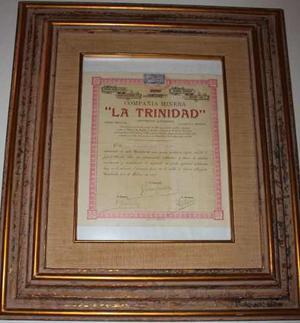 Documento Antiguo, Con Marco En Hoja De Oro