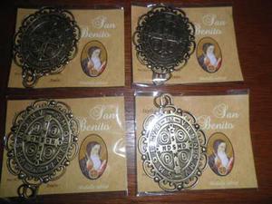 Medalla De San Benito Con Oracion Oro Viejo