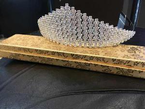 Tiara Corona Pedreria De Cristal