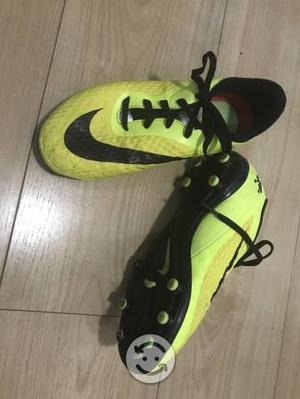Tachones Nike