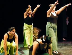 Clases Danza Jóvenes y Adultos, sábados, sur, 50% de