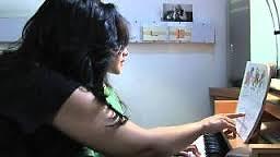 Maestra de piano niños desde los 3 años jovenes y adultos