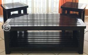 Set de tres mesas de madera