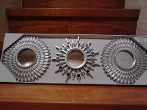 Juego de 3 espejos con marco en color plata.Nuevos