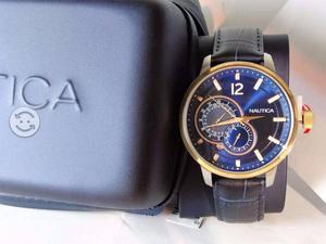 Reloj nautica nuevo y original,bisel oro,elegante