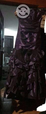 Se vende lote de vestidos de fiesta