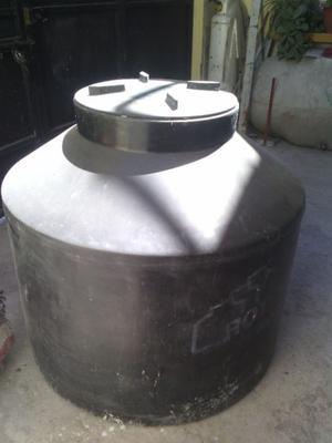 Se vende tinaco rotondas seminuevo
