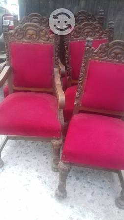 Bodega con sillas y muebles antiguos