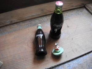 2 Botellas Chicas Con Osito De Navidad Adentro De Coca Cola