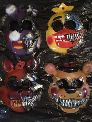 Set De 4 Máscaras De Five Nights At Freddy's