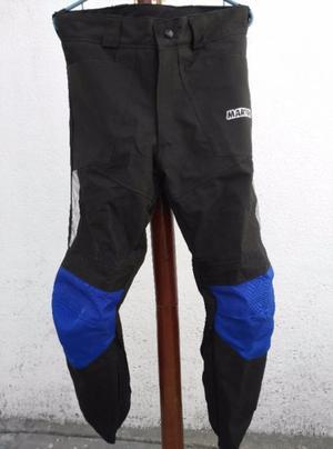Chamarra y pantalón para motociclista