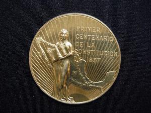 Primer Centenario Constitucion De  Oro