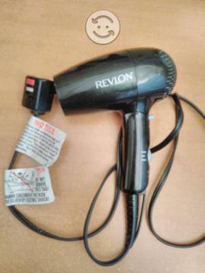 Secadora de pelo revlon