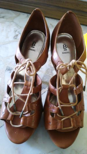Zapatos marca Bakers
