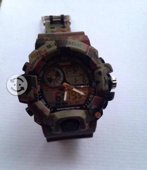 Reloj Skmei camuflaje
