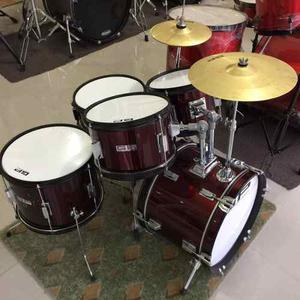 Batería Greggs Percussion Junior Mediana Color Vino O Negro