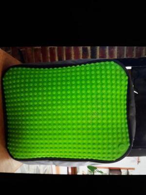 Vendo mochilas y accesorios upixel originales