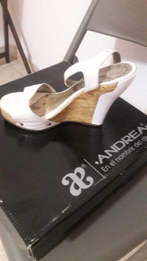 Zapatillas blancas!!