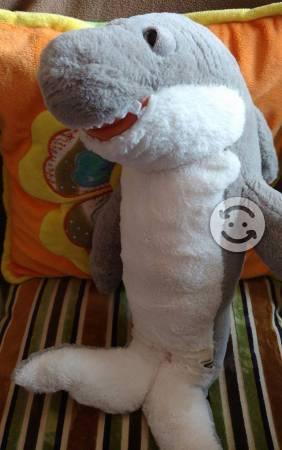 Tiburón de Peluche Padrísimo