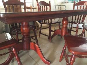 Comedor de madera 6 sillas excelentes condiciones