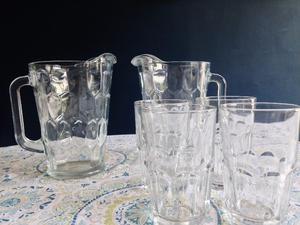 Juego de jarras biseladas de vidrio + 4 vasos grandes de