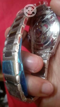 Reloj Omega Seamaster caratula negra