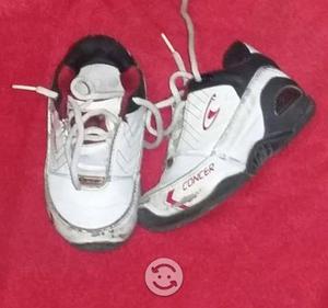 Zapatos y tenis niño