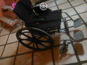 Vendo dos sillas de ruedas posot class for Sillas de ruedas usadas