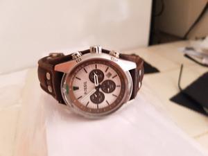 Estupendo reloj marca Fossil ch