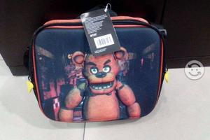 Mochilas y loncheras de Five nights at Freddy's