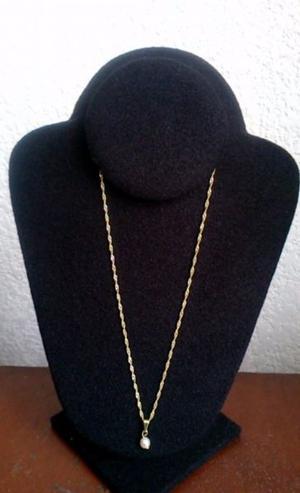 Cadena y Perla Sintetica Chapa Oro 18 Kt 44 cms