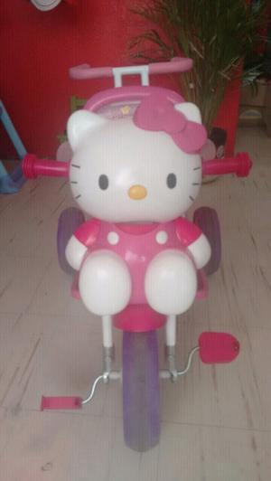 Triciclo carriola Hello Kitty