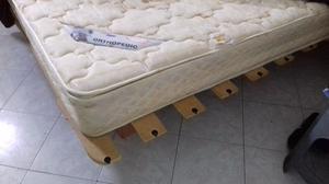 Base de madera matrimonial posot class for Base cama matrimonial