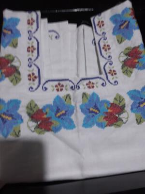 blusas bordadas yucatecas